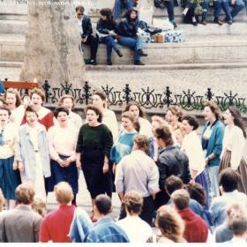 Kórus az 1989. április 22-i demonstráció helyszínén