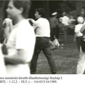 Kádár János temetésén készült állambiztonsági fénykép I.