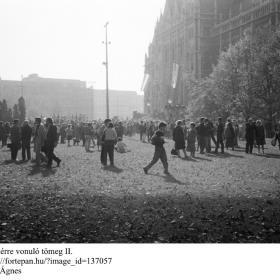 A Kossuth térre vonuló tömeg II.